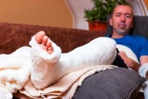 How much compensation for a Fractured or broken bone claim? - Free
